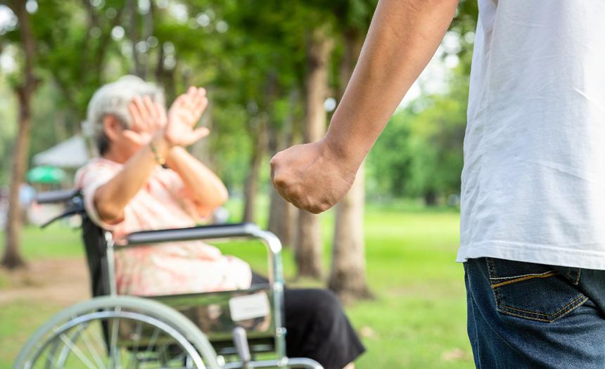 Día naranja: ¿cómo denunciar el maltrato a las adultas mayores?
