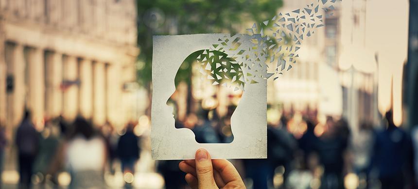 Lo imposible empieza en los pensamientos