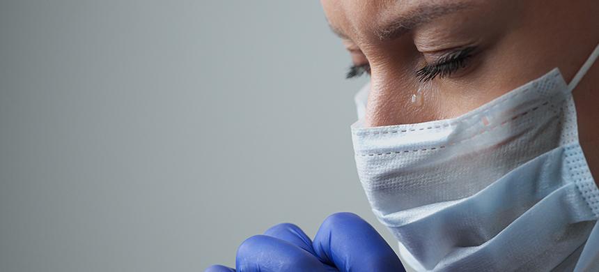 ¿Quiénes son los que más sufren la pandemia de COVID-19 en Estados Unidos?