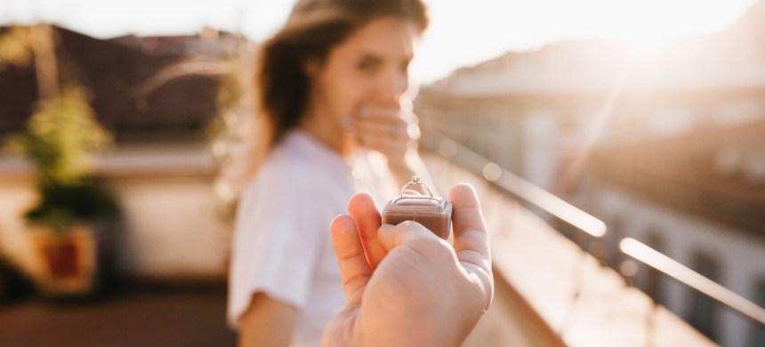 ¿Qué es lo que realmente importa en una propuesta de matrimonio?