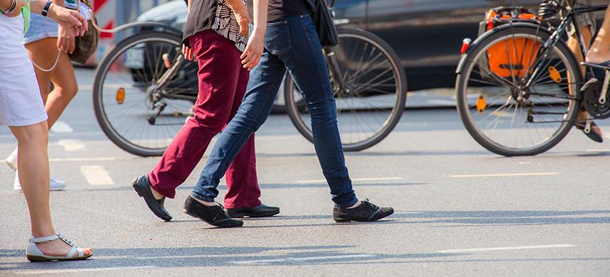 Peatones imprudentes: si sales a la calle, considera estas medidas por tu seguridad