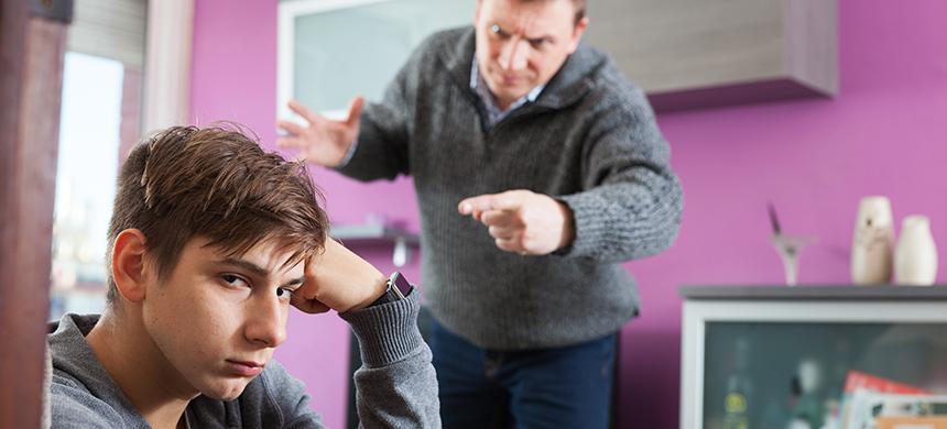 ¿Cómo tratar a tu hijo adolescente?