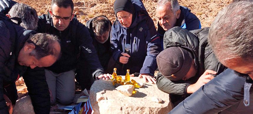 26 de enero: reciba gratuitamente el aceite consagrado en el Monte Sinaí