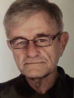 Head and shoulders of John Evernden