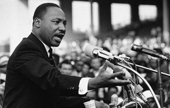 En Charleston, Desfile en Honor a  Martin Luther King Jr., el 20 de enero