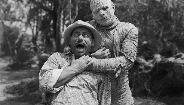 "Kill, Mummy, Kill in ""The Mummy's Curse""!"