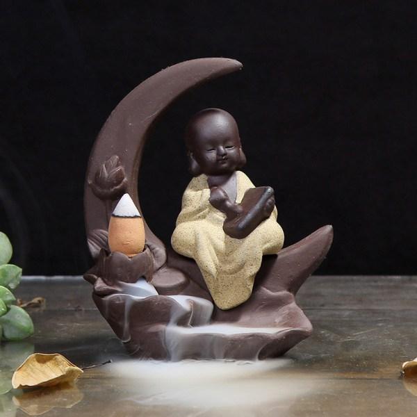 Brûleur d'encens lune et petit moine rêveur Jaune 2