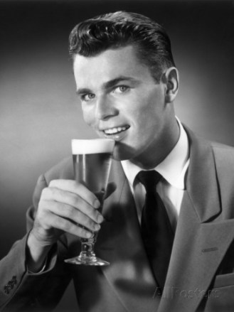 george-marks-man-drinking-a-beer