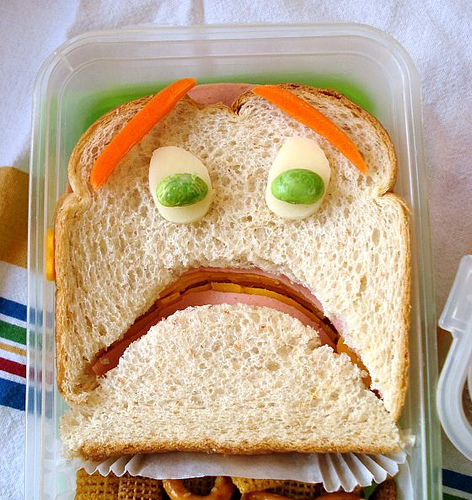 terrified sandwich (photo by Sakurako Kitsa)