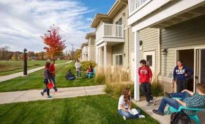 Living On-Campus vs. Off-Campus