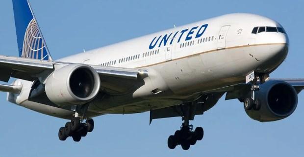 United Cheap Flight to Singapore