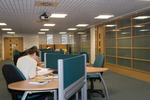 New Group Study room available – University of Glasgow Library