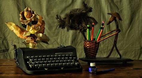 Escritorio-de-escritor0-Asesoria-en-escritura-de-poemas
