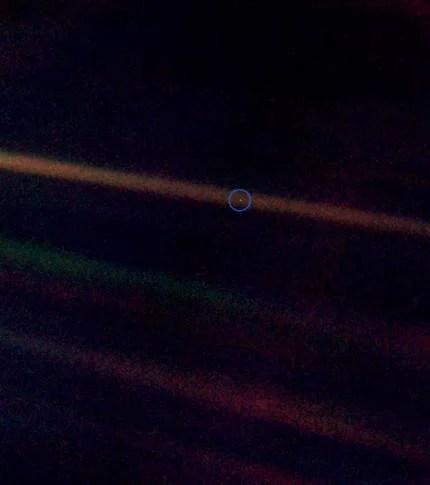 PaleBlueDot, la terra dal Voyager