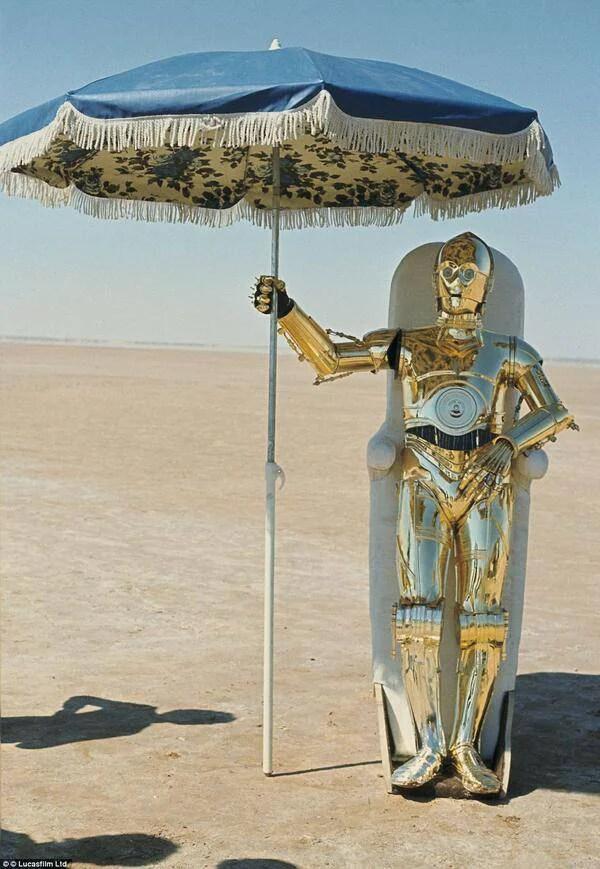 c3po con ombrello backstage guerre stellari