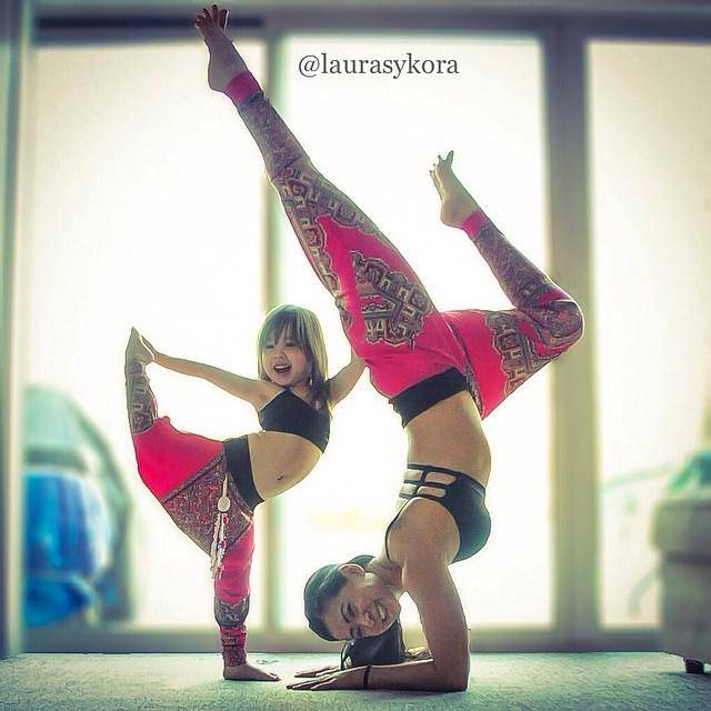 mamma e figlia yoga