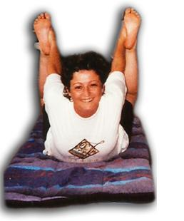 practicando yoga en el año 90
