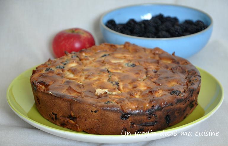 Gâteau aux mûres pommes et mascarpone un jardin dans ma cuisine