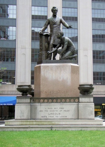 'Why Is He Still On His Knees?' Petitions Increase to Remove Statue of Lincoln, Freed Black Man in Boston