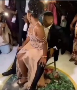 Bride gives Groom a Hot Lap dance in Nuptial Dance of Newly Wedded Couple, Nairaland Users React [Viral Video]