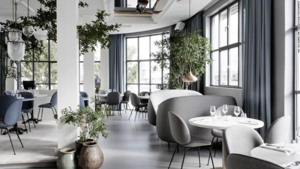 150827094014-restaurant-design-verandah-super-169