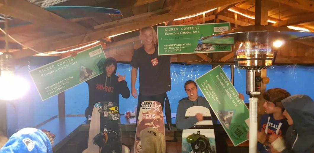 wakepark-izon_kickercontest
