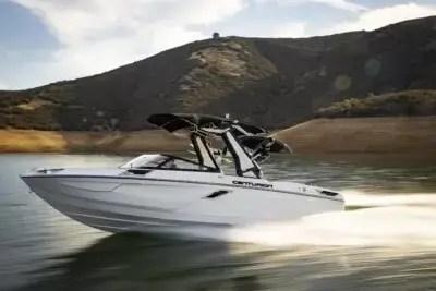 centurion-Ri245-unleashed-wake