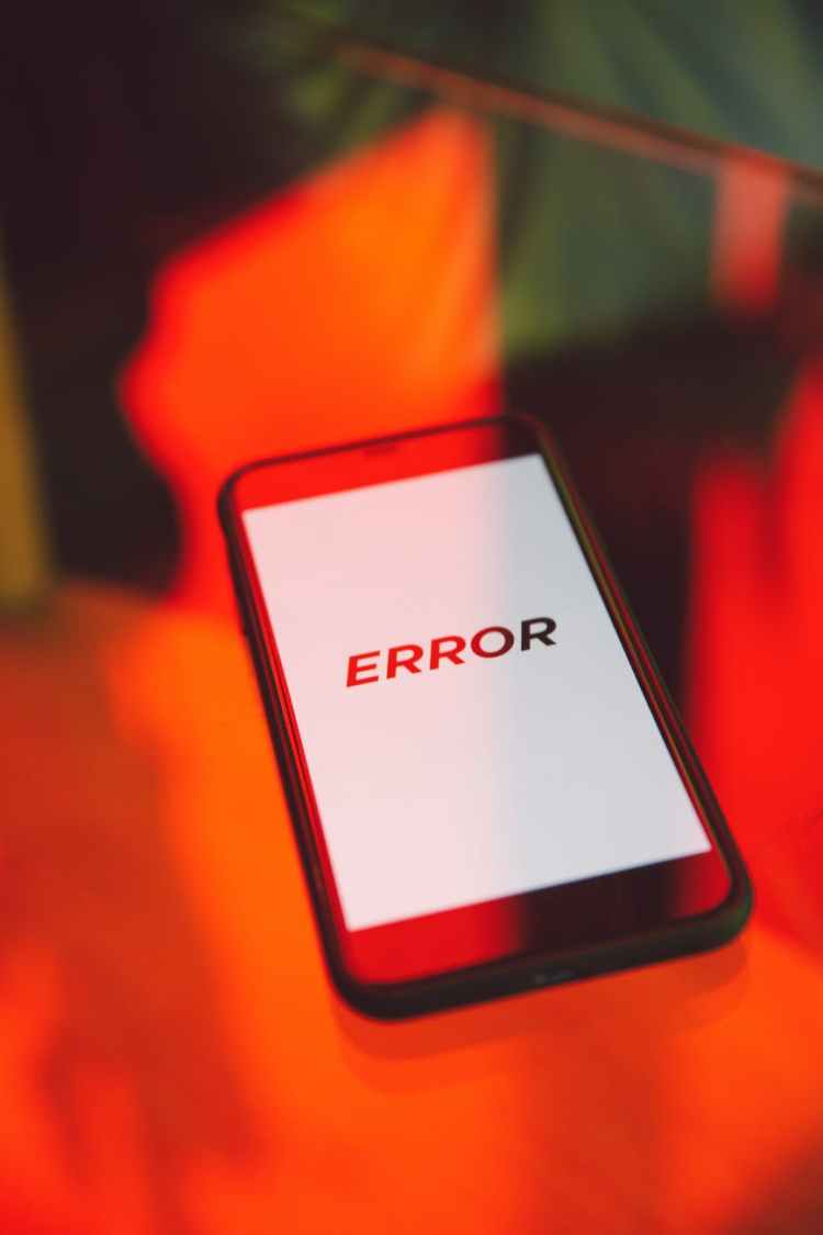black smartphone displaying error