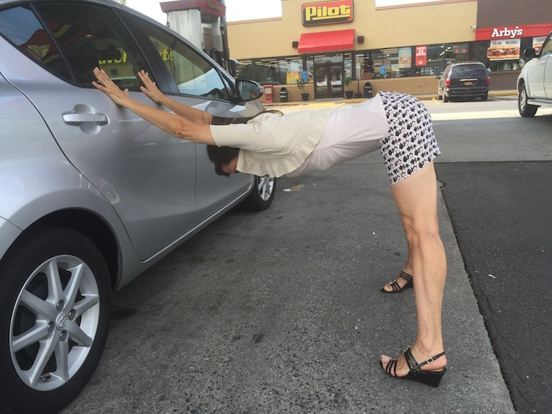 Car Yoga: How to Stretch on Trips