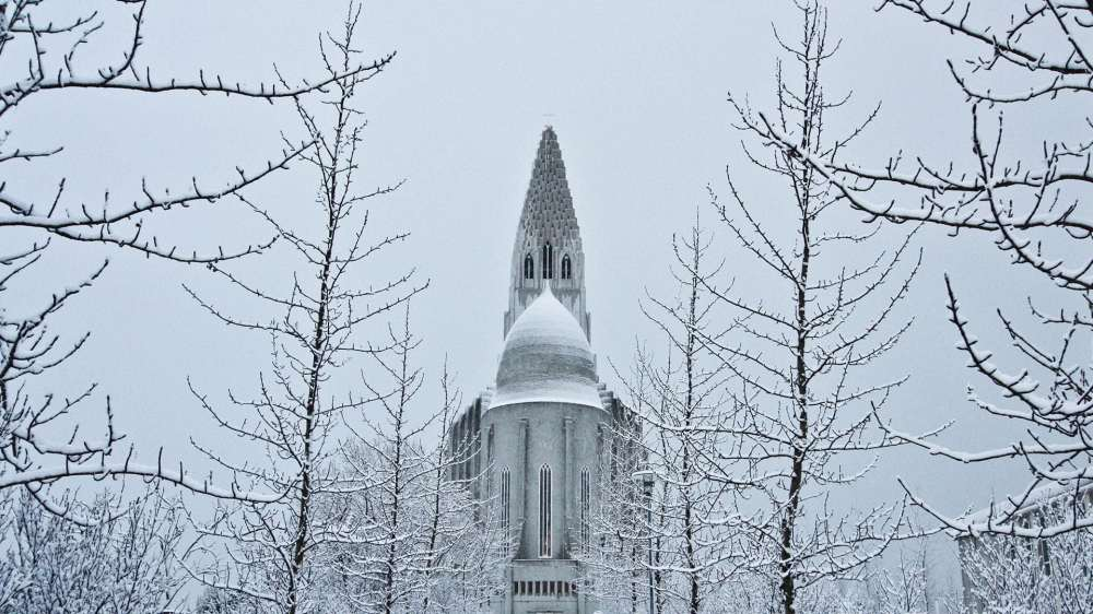 hallgrimskirkja-reykjavik-winter-1