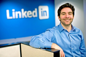LinkedIn CEO gives away bonus to employees