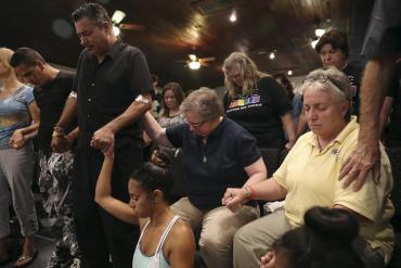 Financially Help Victims of Orlando Shooting