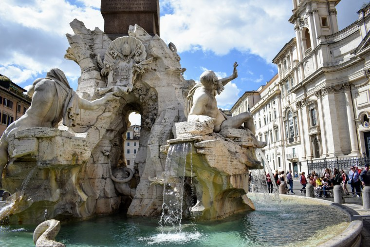 Historical Highlights of Rome - the fountain of four rivers piazza navona