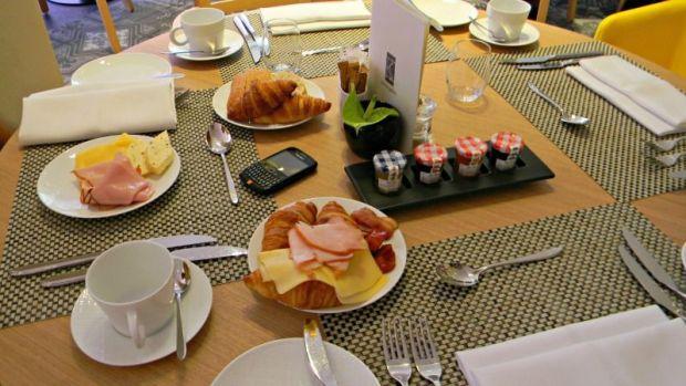 desayuno sofitel varsovia