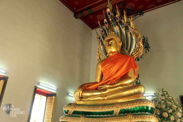 Wat Pho Holy Buddha