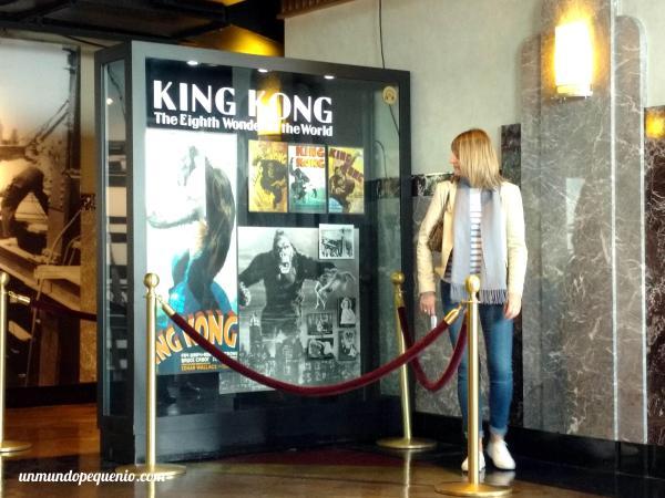 Cartel de King Kong en el Empire State