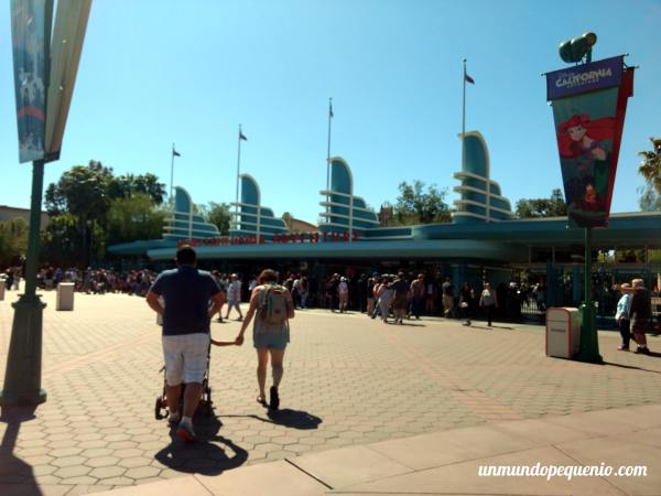 Entrada a Disney California Adventure