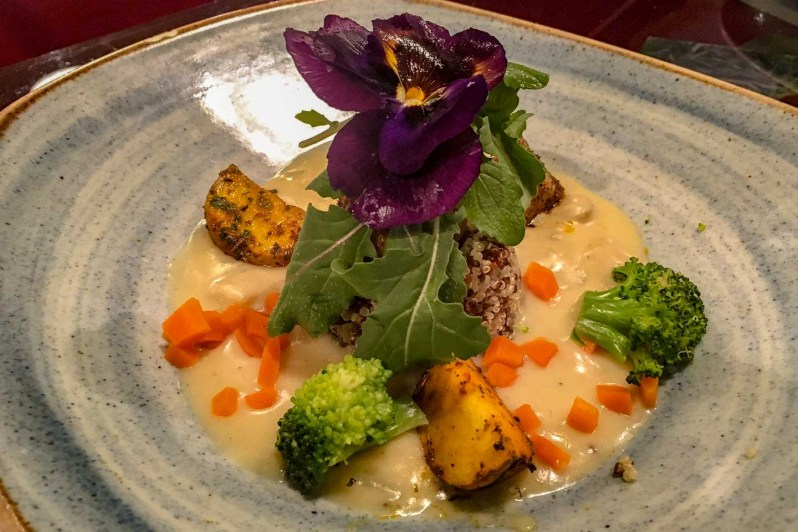 Délicieux plat vegan du restaurant Green Point à Cuzco, un régal
