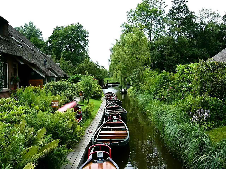 Wanderlust: The fairytale village without roads in Netherland