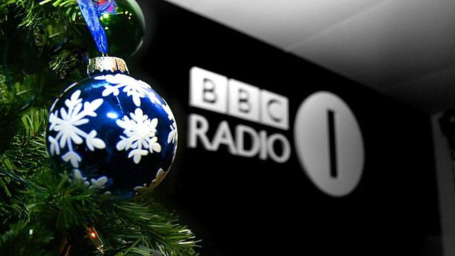 Scott launches Christmas on Radio 1