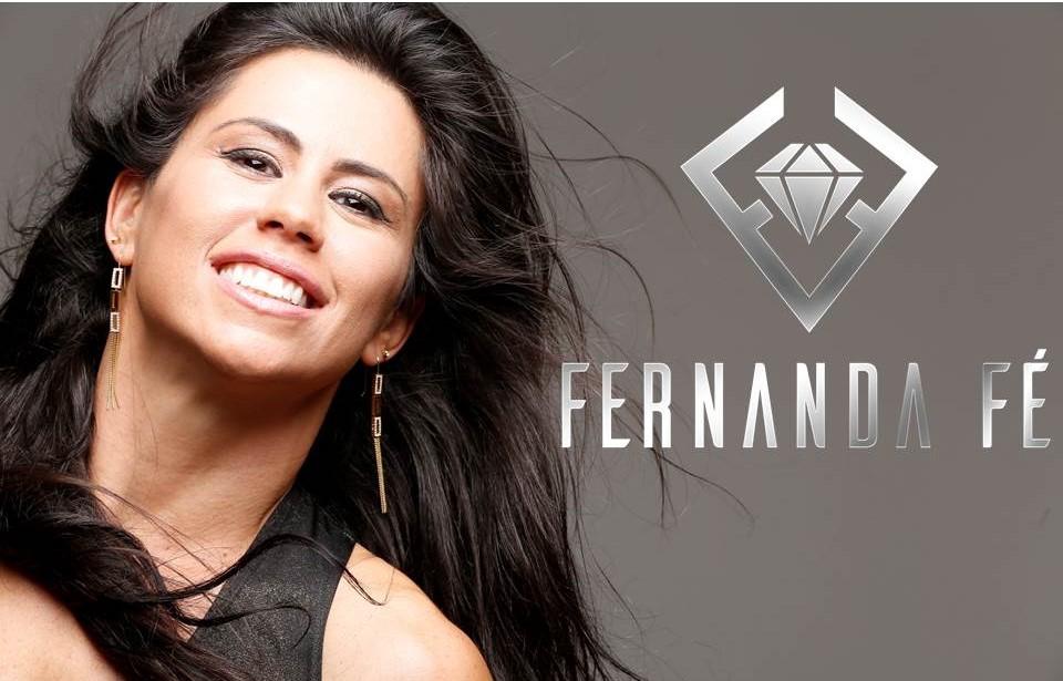 Muere a los 41 años la cantante de gospel y pastora Fernanda Fé tras someterse a una cirugía plástica