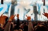 65,000 estudiantes universitarios celebran Año Nuevo adorando a Jesús