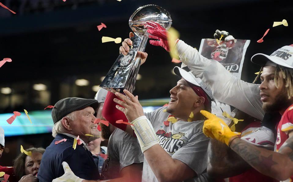 Los héroes de la Super Bowl, hombres de fe
