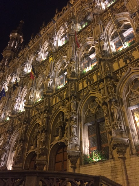 Leuven Hall at night