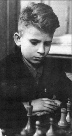 Spassky a 11 anni (ag. Novosti)