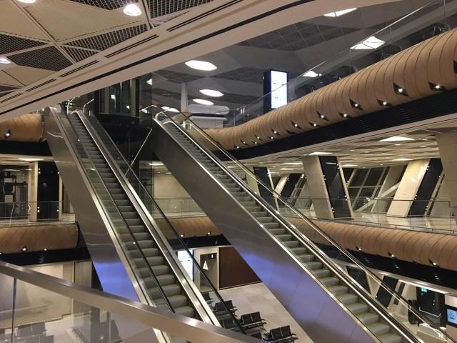 Baku - Airport at 4am