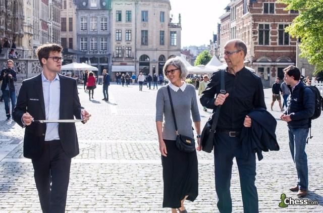 Il Vassoio e la famiglia Carlsen