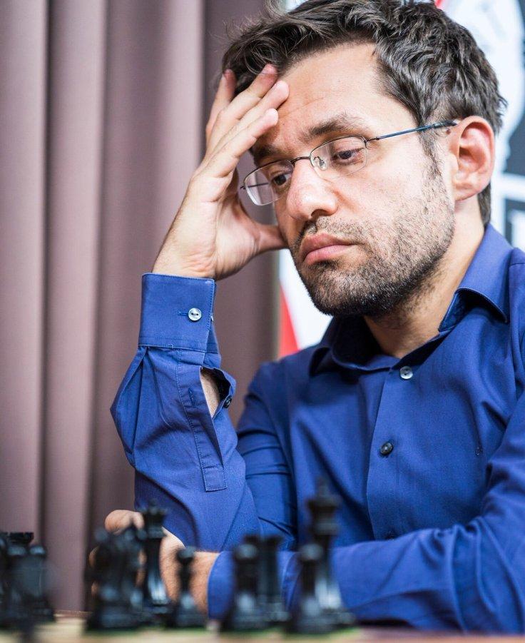 SLRB17 - R3 Aronian