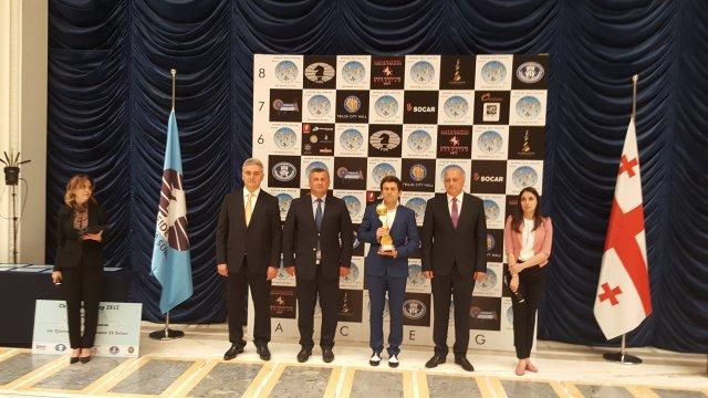 FIDE World CUP 2017 - Aronian premiato (coppa)