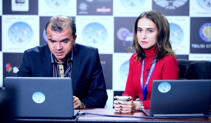 FIDE World CUP 2017 - I commentatori GM Ivan Sokolov e WGM Keti Tsatsalashvili